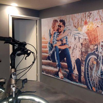 signcraft-rotterdam-interieur-signing-instore-biketotaal-wijtman-retail-textieldoek