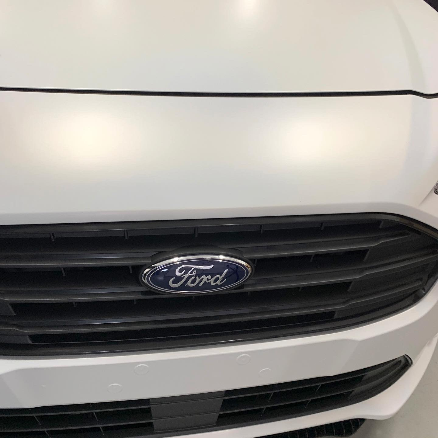 signcraft-rotterdam-ford-transit-connect-wrap-satin-flip-stickerbedrijf-sign-print-laser-autobelettering